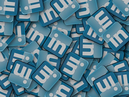 alt linkedin social media marketing b2b